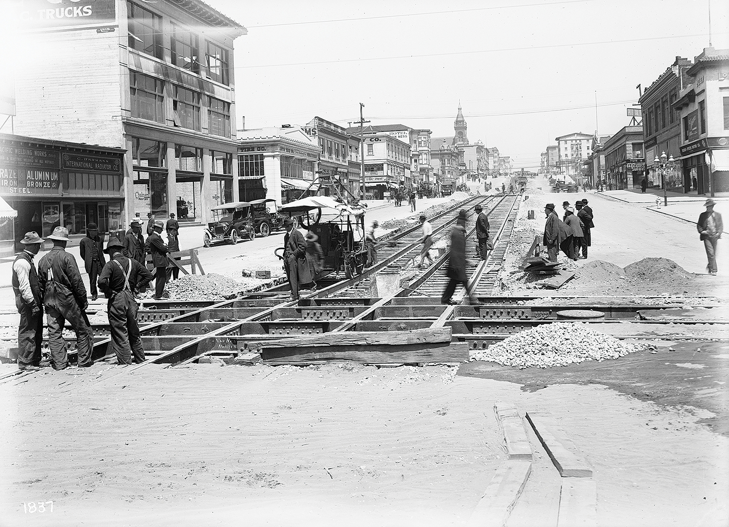 SFMTA Photo Archive | sfmta.com/photo Building H Line at Van Ness Avenue and McAllister Street | Circa 1914